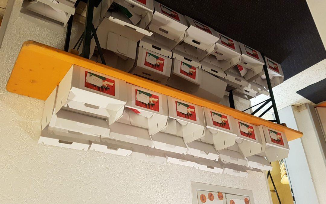 """""""Weihnachten im Karton"""" pro Büro für Jugendarbeit zaubert Lächeln in die Gesichter der Kinder"""